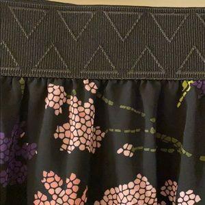 LuLaRoe Skirts - LuLaRoe Lola just-below-the-knee skirt